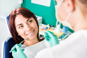 Factors to Consider When Choosing a Suitable Cosmetic Dentist